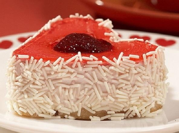 """Десерт ко Дню святого Валентина: торт """"Мое сердечко"""""""