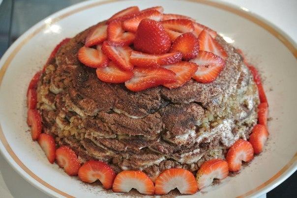 Бананово-пряничный торт без выпечки