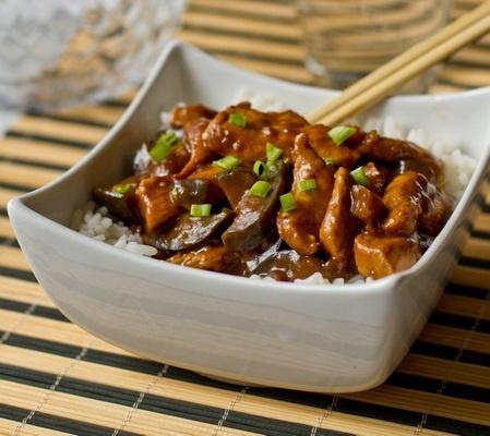 Курица с баклажанами по-китайски