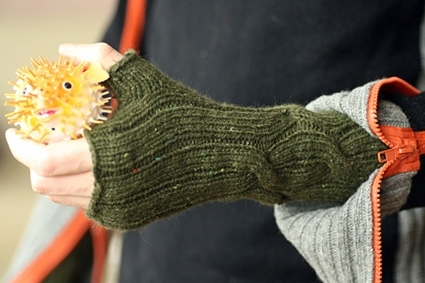 Knitted mitts