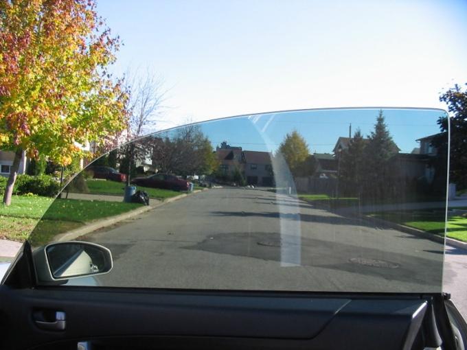 Как тонировать автомобильные стекла?