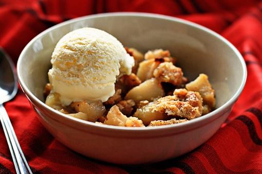 Как приготовить вкуснейший десерт с яблоками и орехами