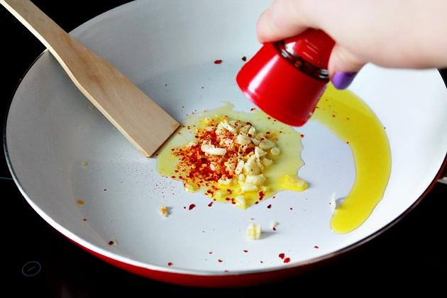 Как приготовить спагетти с нутом и брокколи
