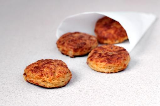 Как приготовить быструю закуску с беконом и сыром