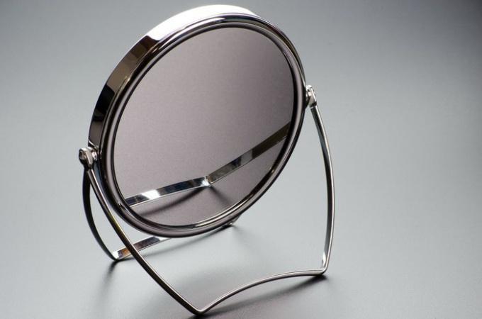 Как изготавливают зеркало