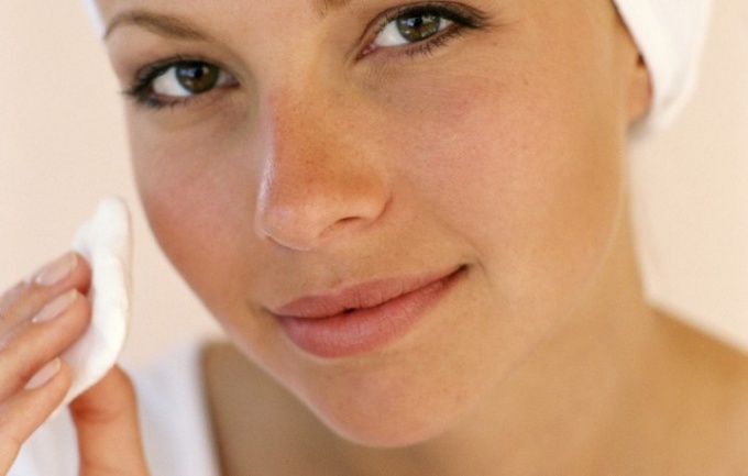 How to make a home mask for the rejuvenation of oily skin