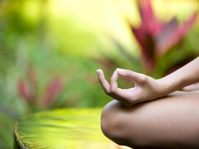 Полезна ли йога для здоровья