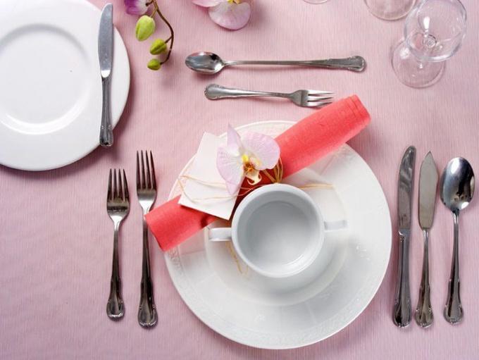 Красивая сервировка и вкусные блюда - успех торжества