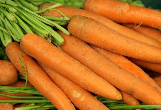 Сколько калорий в моркови