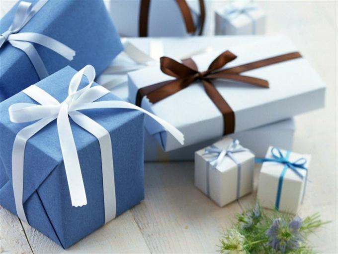 Что подарить любимому на 14 февраля