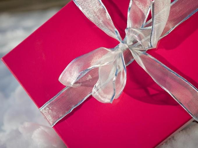 Какой недорогой подарок сделать любимой девушке