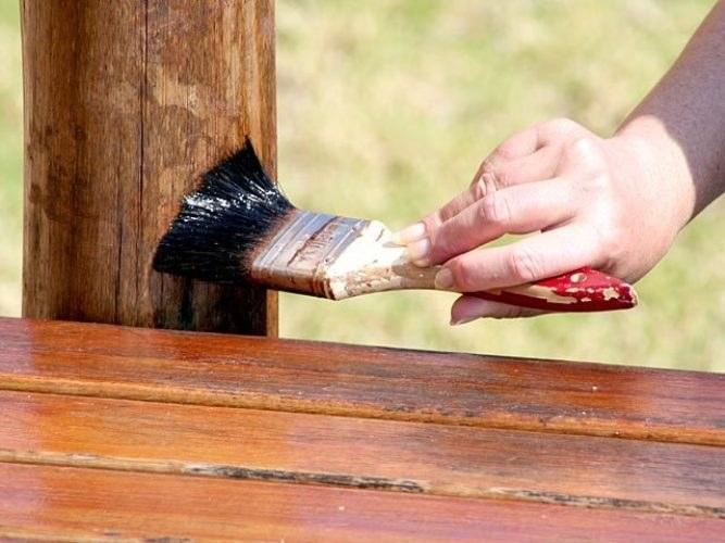 Как и чем защитить древесину от разрушения