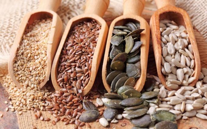 Сколько калорий в семечках