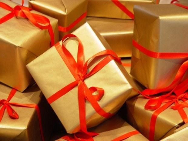 Как реагировать, если подарок не нравится