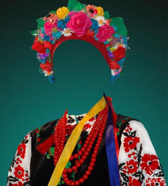 Украинский венок можно сделать из ободка или резинки и искусственных цветов
