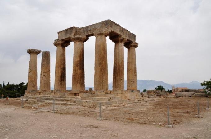 Стоит ли ехать отдыхать в Грецию зимой