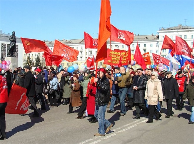 Какие праздники отмечали в СССР
