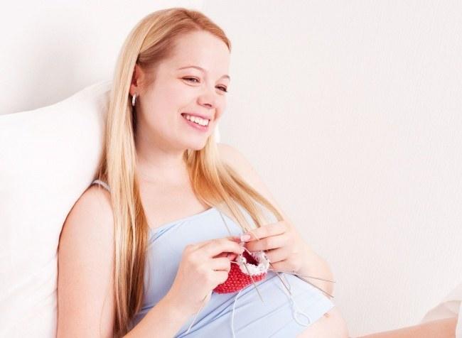 Почему беременным женщинам нельзя шить