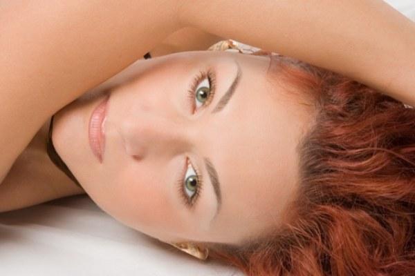 Как избавиться от прыщей на щеках