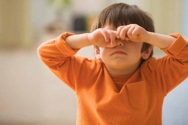 What to do if your child has swollen eye