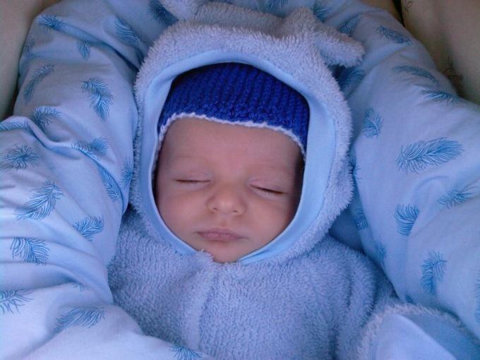 Что делать, чтобы младенец не замерз