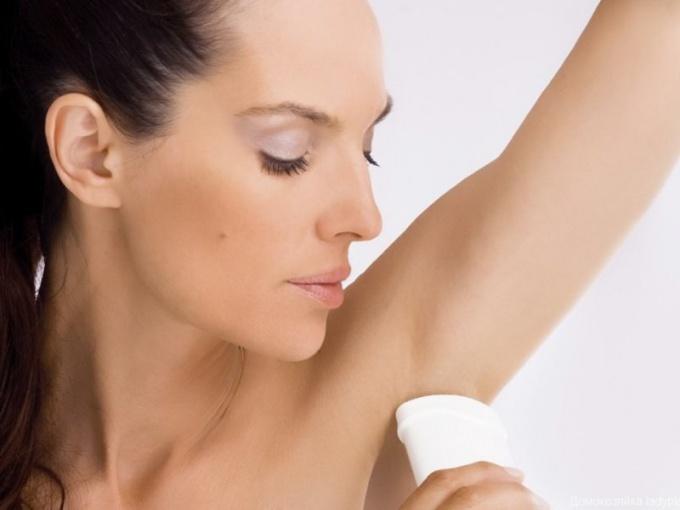 Дезодоранты с содержанием цинка: вред или польза?