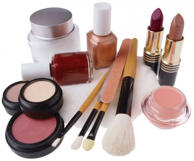 What makeup used by professional makeup artists