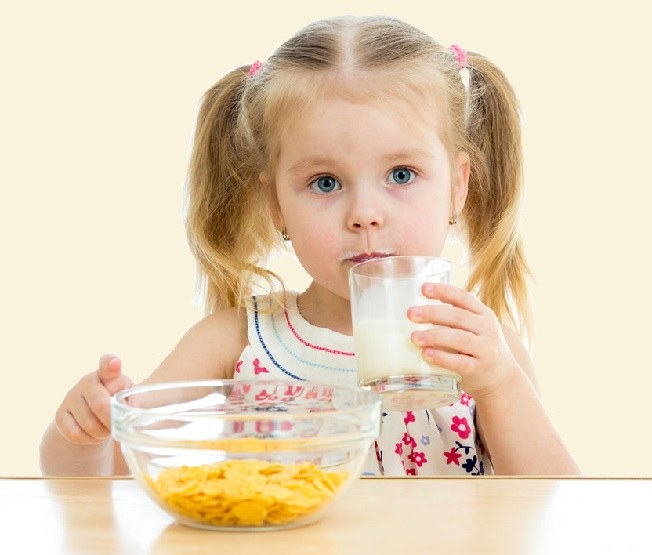 The useful benefits of goat milk for kids