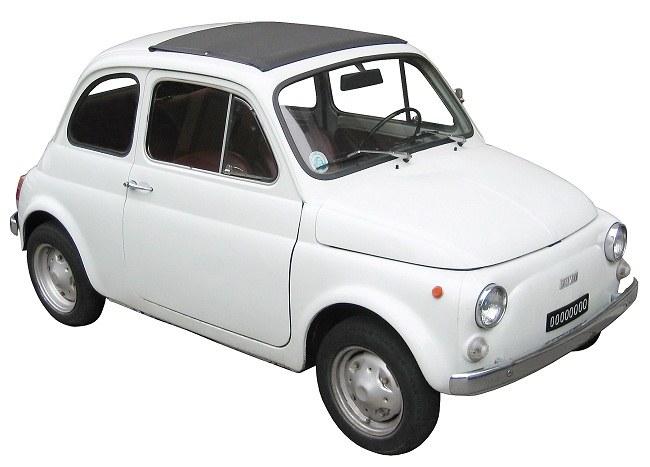 Экономичный легковой автомобиль Fiat