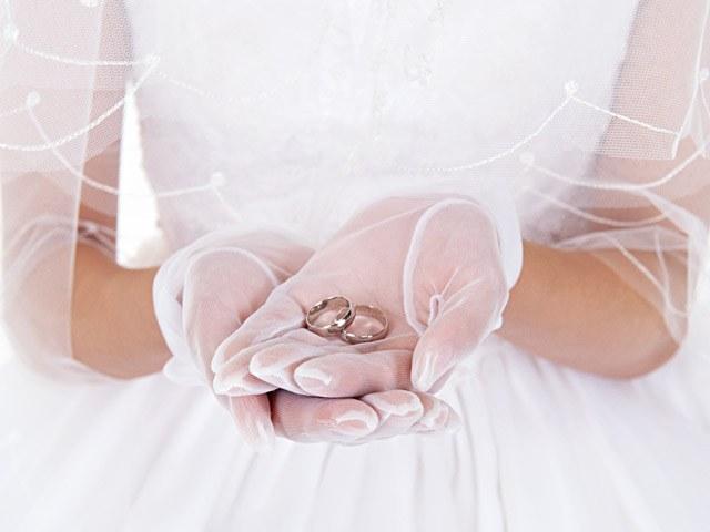 Как вернуть первоначальный вид обручальному кольцу