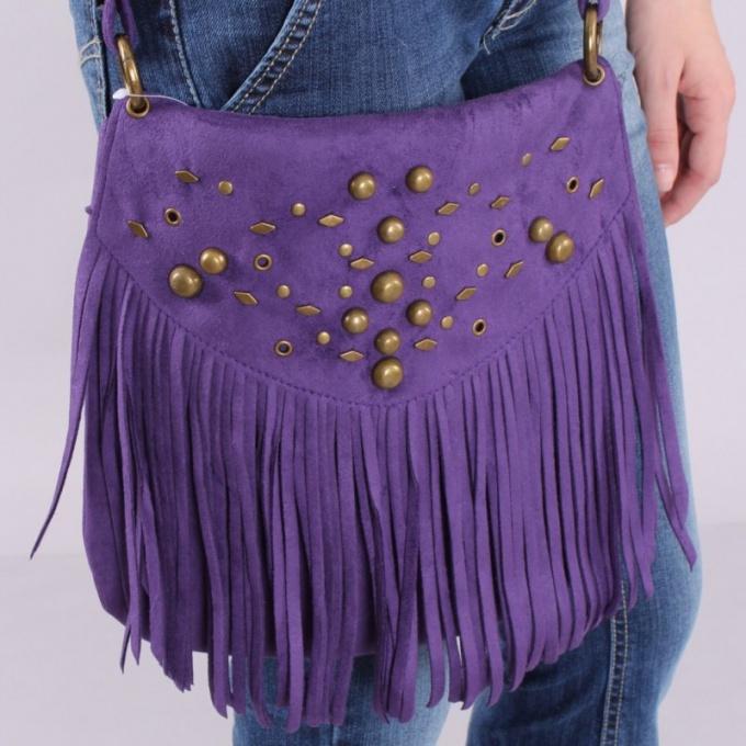 Как выбрать сумку с бахромой