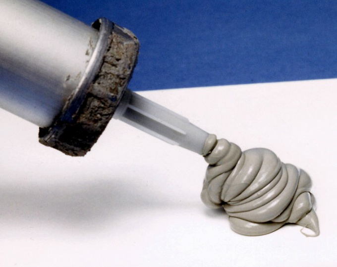 How dry silicone sealant