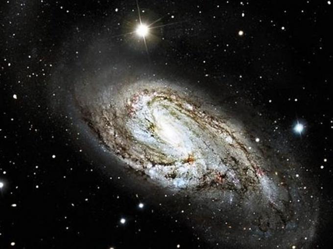 Какая галактика самая большая