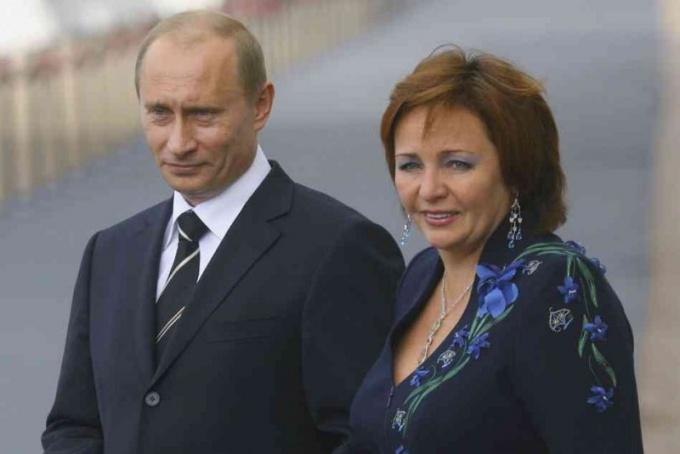 Почему Путин развелся с женой