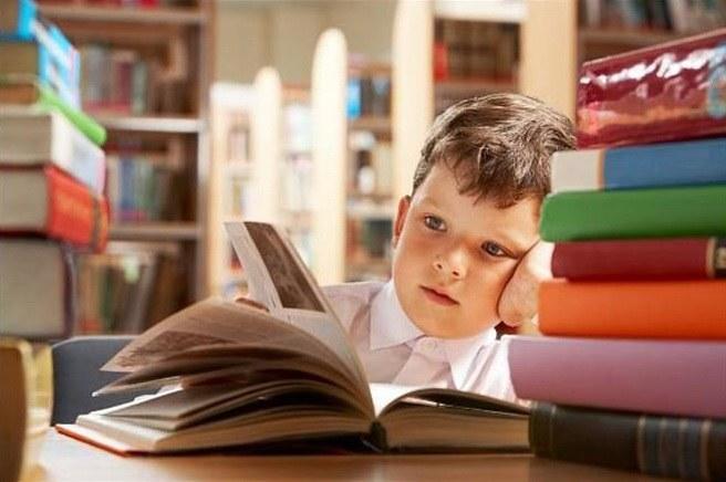 Как приучить современную молодежь читать книги?