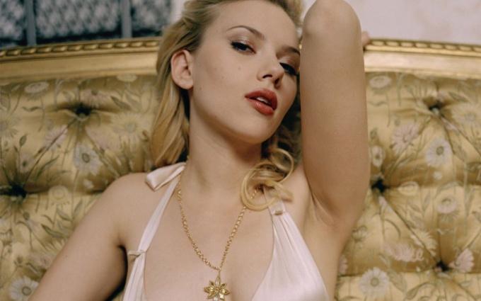 Скарлетт - популярная актриса и модель