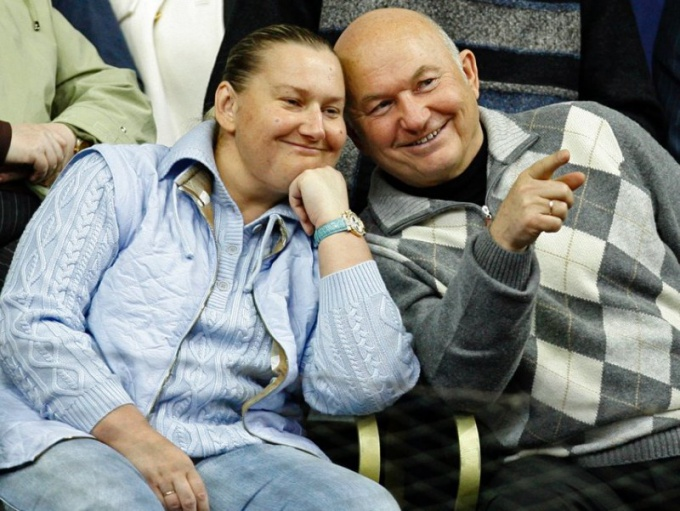 After leaving leadership positions, Elena Baturina and Yuri Luzhkov are enjoying a free life