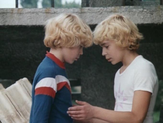 Братья Торсуевы-«Сыроежкины»: найдите 10 отличий!