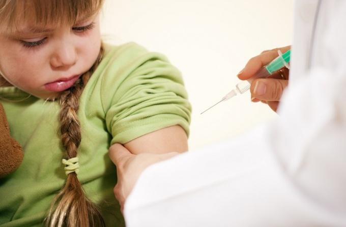 Как часто нужно делать прививки от дифтерии