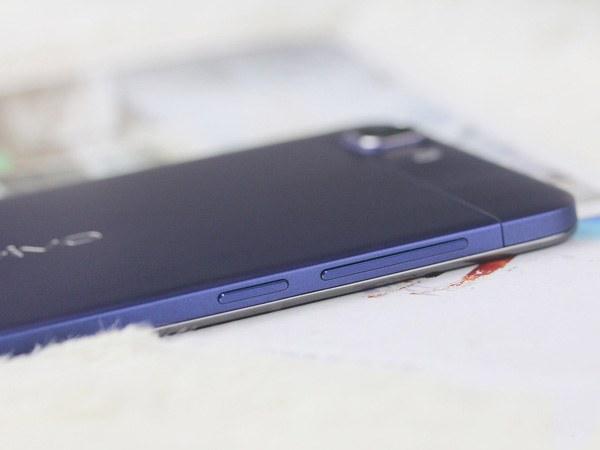 Самые тонкие мобильные телефоны
