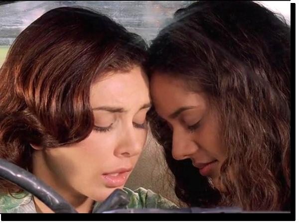 Мириам и Амина в фильме «Невидимый Мир»