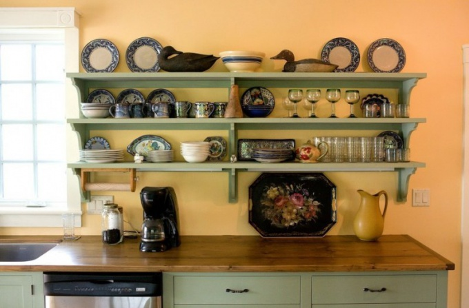 Полки на кухне своими руками