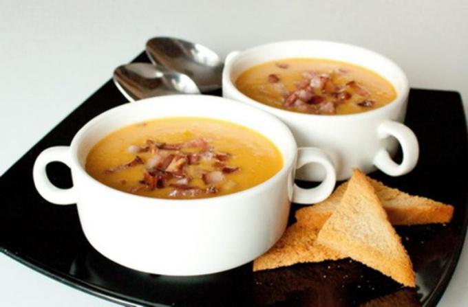 Суп с беконом