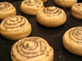 Как приотовить булочки с маком