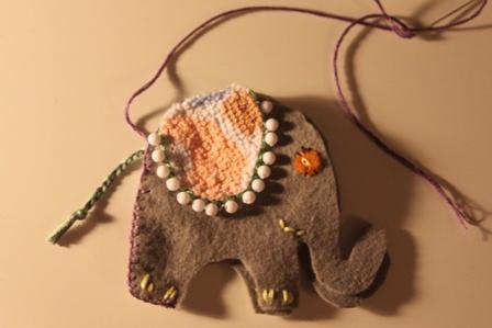 Как легко сшить слоника из фетра