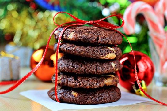 Как приготовить шоколадное печенье с орешками