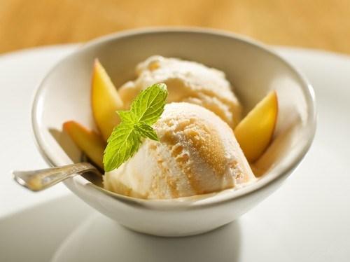 Йогуртовое лимонно-имбирное мороженое