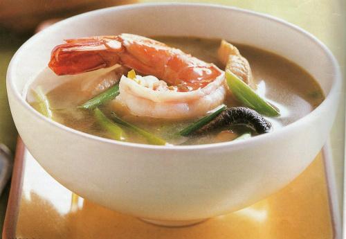 пряный суп с морепродуктами