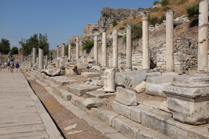 Чем знаменит храм Артемиды в турецком городе Сиде