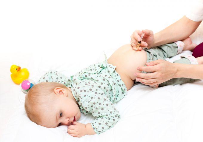 Как сделать укол ребёнку 1 год